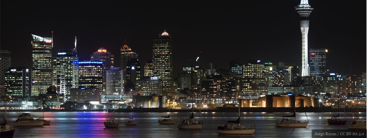 Skyline of Auckland, New Zealand by Jorge Royan